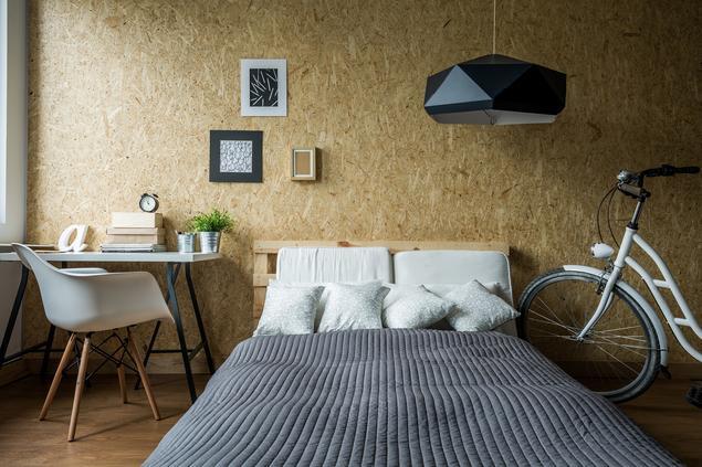 Jak urządzić sypialnię? Pokój studenta
