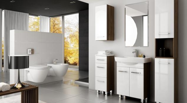 Nowoczesne meble łazienkowe w dużej łazience. Aranżacje łazienki z drewnianymi akcentami. Stolkar