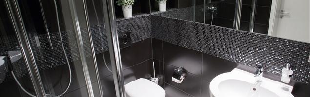 Łazienka czarno-biała. Nowoczesne wnętrze.